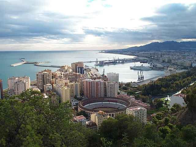 Малага (Malaga) – город на юге Испании именуют жемчужиной Андалусии