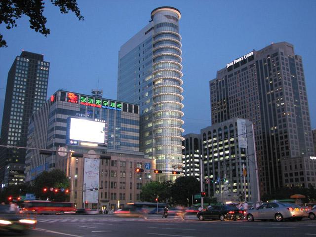 Красивый вечерний Сеул