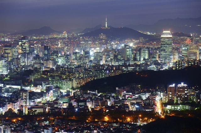 Красивый Сеул ночью