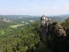 Давид Фридрих после визита Бастая написал свою картину Felsenschlucht. Сама скала появилась на этом месте приблизительно миллион лет назад, за счёт водной эрозии. Теперь она служит эдаким «пограничным столбом» Саксонской Швейцарии, объединяя её с Чешской частью Швейцарии.