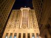 Здание биржи в Чикаго магнитом притягивает голливудских кинорежиссеров. Многие сцены из знаменитых фильмов снимались именно здесь: «Бетмен», «Проклятый путь», «Неприкасаемые» и пр. С не меньшей силой оно действует на туристов, приезжающих в Чикаго, которые считают своим долгом посетить знаменитый небоскреб, чтобы почувствовать сопричастность к месту, где вершатся великие финансовые дела.