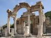 Неподалеку находится Агора (площадь для больших собраний), и чуть позади можно увидеть Одеон-театр, который мог вместить около полутора тысячи зрителей. Далее расположен  храм Домитьяна и мавзолей Меммиуса. Ворота Геракла являются одним из самых главных сооружений в Эфесе. Так же интересно посмотреть на фонтан Трояна, расположенного у подножия горы Панаир.