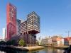 Его работа оказалась очень успешной. Ред Эппл приобрел свой неповторимый вид: красный фасад и алюминиевые вставки зигзагообразной формы. А жильцы так вообще только выиграли – их квартиры прекрасны.