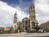 . Городской Кафедральный Собор, датируемый XVIII веком, является одним из самых величественных зданий старой части города. Также следует посетить Дворец Правительства, Культурный Центр Алессио Роблес, старинный особняк Каза Перселл.