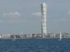 Здание построено на берегах пролива Эрессун. Завершение грандиозной стройки пришлось на 2005 год. В результате получился самый большой жилой дом в ЕС, самое высокое сооружение на Скандинавском полуострове, и второе по высоте в Европе (выше оказался только московский Триумф-Палас).