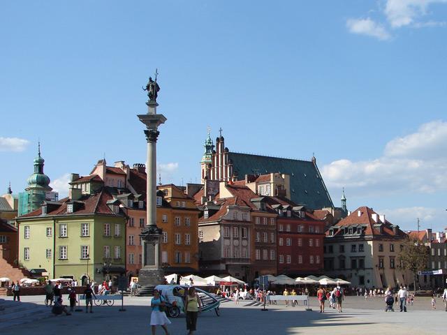 Варшава (Warszawa) – столица и самый крупный город страны. Впервые упоминается Варшава в рукописях 14 века. Известно, что с 10 века на территории нынешнего города находилось несколько поселений.